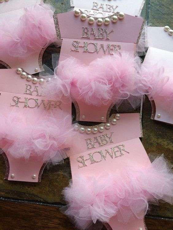 Invitaciones baby shower: fotos ideas - Invitación de baby shower de niña #babyshowerniña