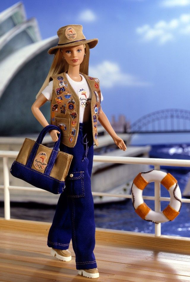 2000 Sydney 2000 Olympic Pin Collector Barbie® | More Pop Culture Dolls Collection *POP CULTURE