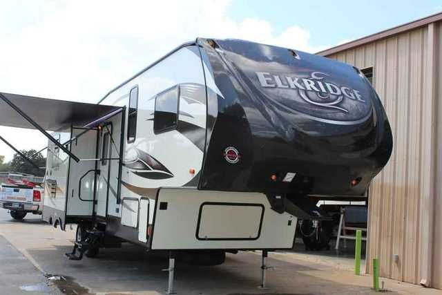 2016 New Heartland ElkRidge Extreme Light E292 Fifth Wheel in Texas TX.Recreational Vehicle, rv, 2016 Heartland ElkRidge Extreme Light E292, New Heartland Elkridge for sale at the RV Source dealership in Bryan / College Station, Texas! 2016 Heartland ElkRidge Extreme Light E292 Heartland delivers more of what you are looking for in a fifth wheel. Whether you are a full timer or the seasonal traveler you will appreciate the higher level of Innovation, Feature loaded floorplans, Value packed…