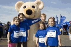 KKH-Allianz-Lauf im Westpark  Am 13. Mai können Läufer und Nordic-Walker jeden Alters im Westpark an der Seebühne an der Lauf-Veranstaltung der KKH-Allianz teilnehmen.