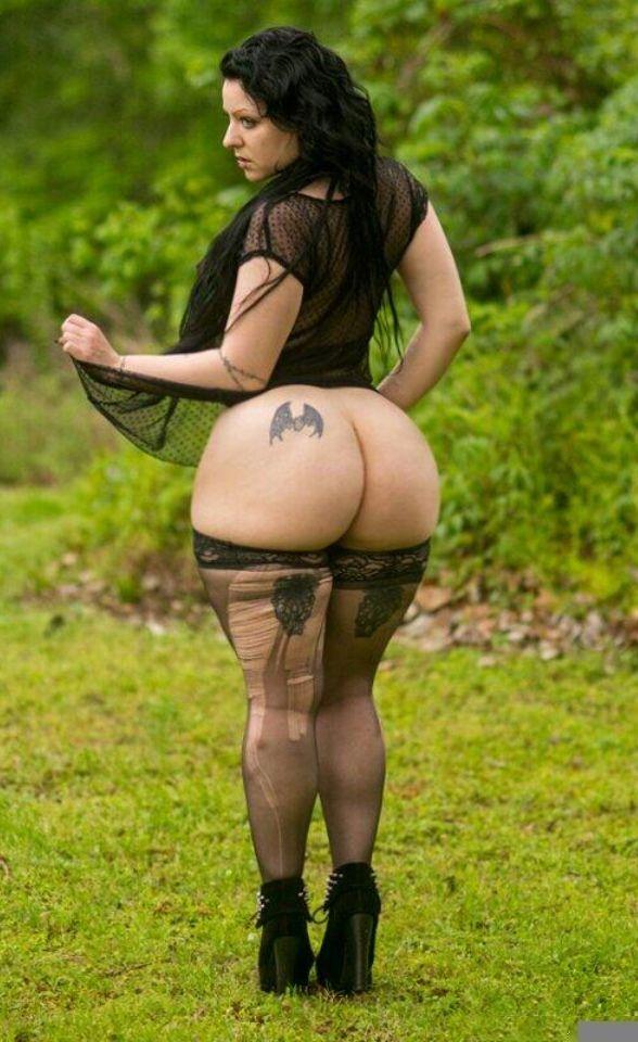 heather graham nude boob