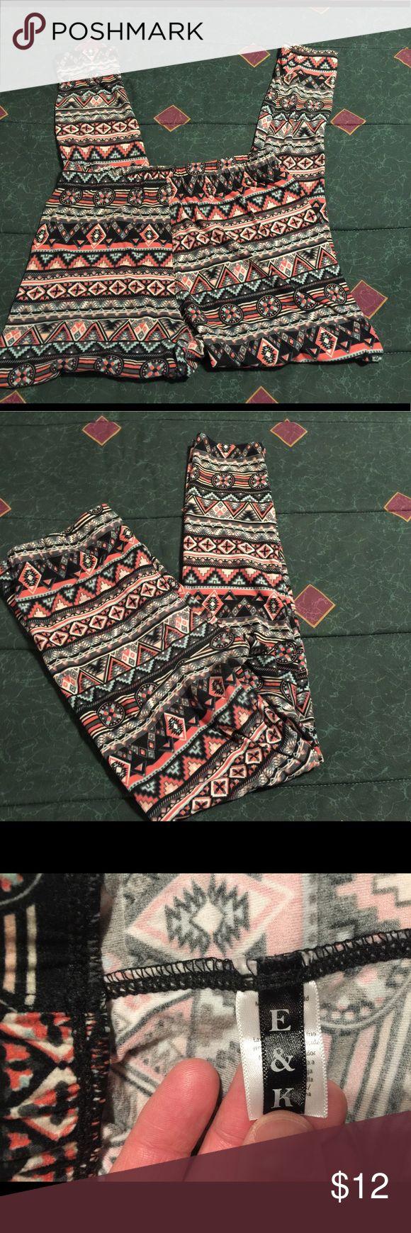 E&K Aztec Print Leggings Size XL-2X. E&K Aztec Print Leggings Size XL-2X. This is a great pair of Aztec Print leggings. They are very warm and soft. Please view all pictures. E&K Pants Leggings