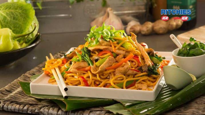Stir fry chicken with hokkien noodles