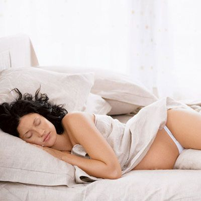 Sleep Guide For Pregnancy: Challenges and Solutions   Fit ...