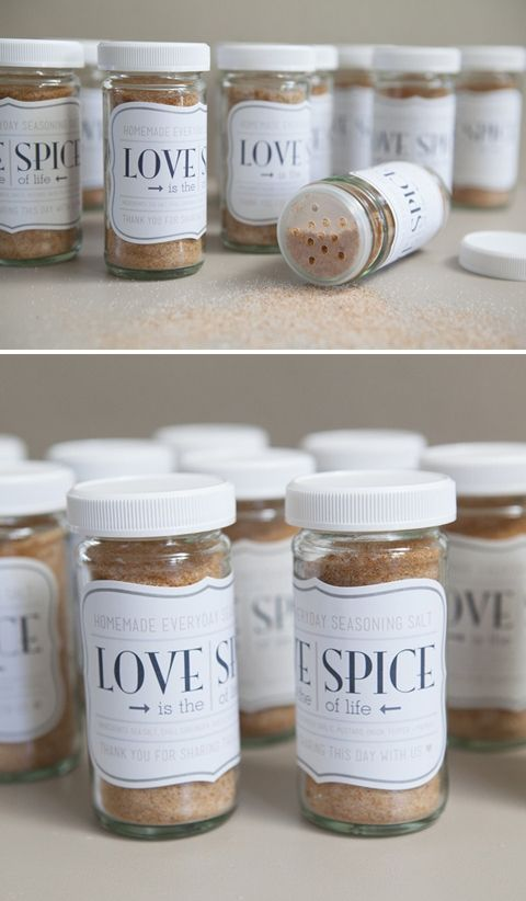 Edible Wedding Favors on http://itsabrideslife.com
