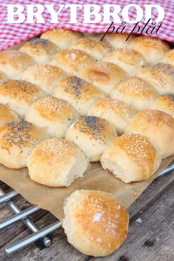 Brytbröd är enkelt att göra och blir saftigt och luftigt när de jäser ihop på plåten. Jäser bara en gång!