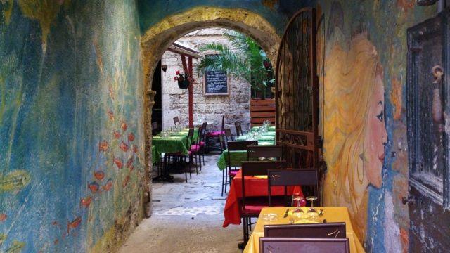 Pezenas france travel pinterest for Restaurant a pezenas