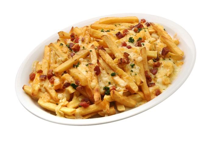 Porção completa de fritas com salsinha, queijo prato, cheddar, bacon gratinado. Tudo isso servido no prato com o gostinho que só o Big Jack tem