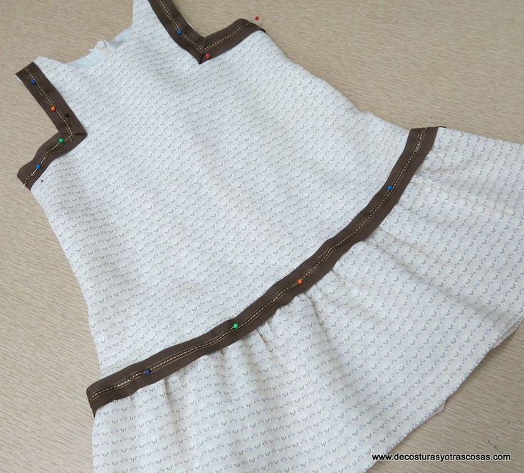 Vestido niña con sisas cuadradas y cintura baja