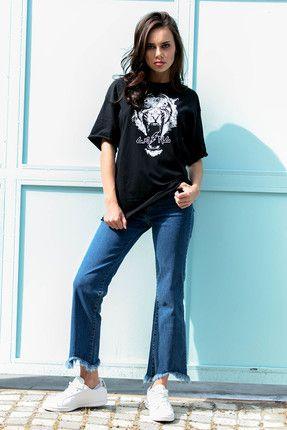 Eka Kadın Siyah Yırtık  Aslan Baskılı T-shirt || Kadın Siyah Yırtık  Aslan Baskılı T-Shirt Eka Kadın                        http://www.1001stil.com/urun/4346791/eka-kadin-siyah-yirtik-aslan-baskili-t-shirt.html?utm_campaign=Trendyol&utm_source=pinterest