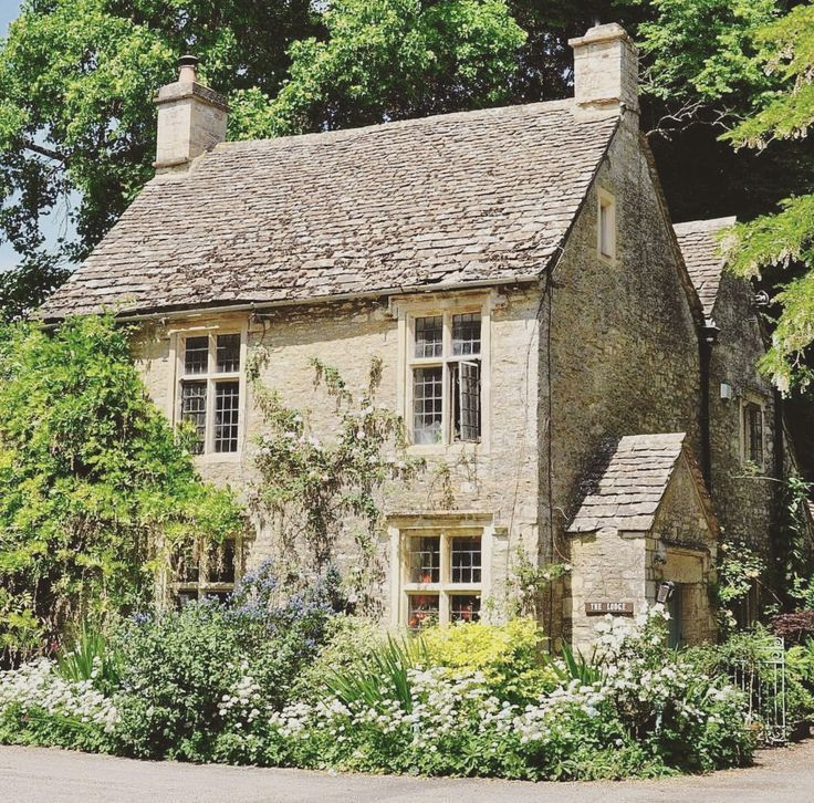 Sweet English Cottage Cottage Countryside English Sweet Cottage Garden Beautiful Ideas Farm Gardens In 2020 Cottage Exterior Country Cottage Stone Cottages