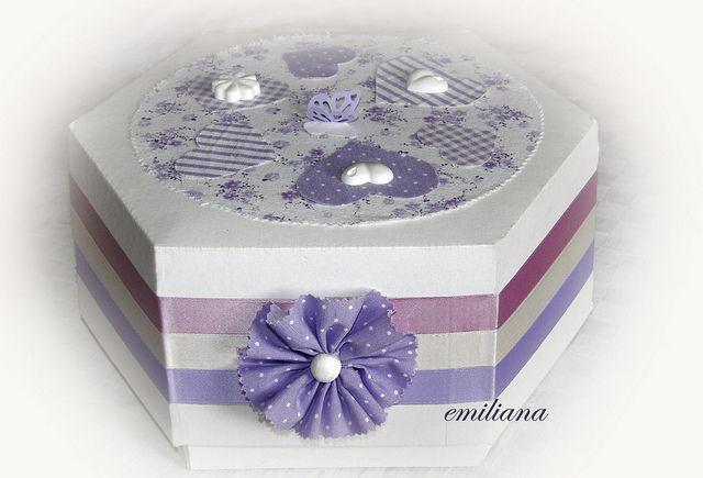scatola decorata a mano per inviti nozze