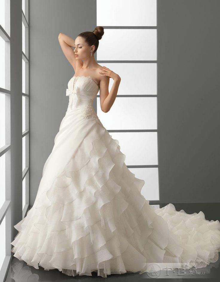 Luxurious A-Line Floor-length Tiered Cathedral Strapless Wedding Dresses 2012 New Style   $392.19: Wedding Dressses, Organza Wedding Dresses, Cathedrals Strapless, Strapless Wedding Dresses, Air Barcelona, Weddings, Luxury A Lin, Tiered Cathedrals, Wedding Dresses Style