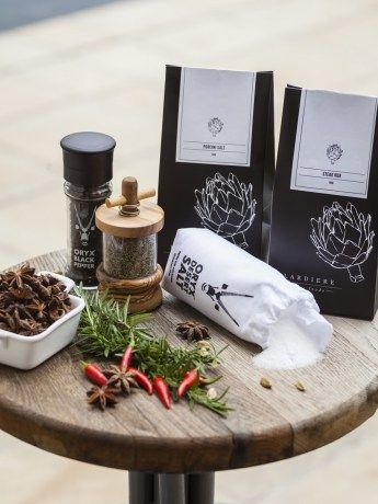 West Coast Spice Box - https://rubyroadafrica.com/shop-online/gifts-for-home-and-garden/buy-gourmet-gifts-online/west-coast-spice-box-oryx-lardiere-detail