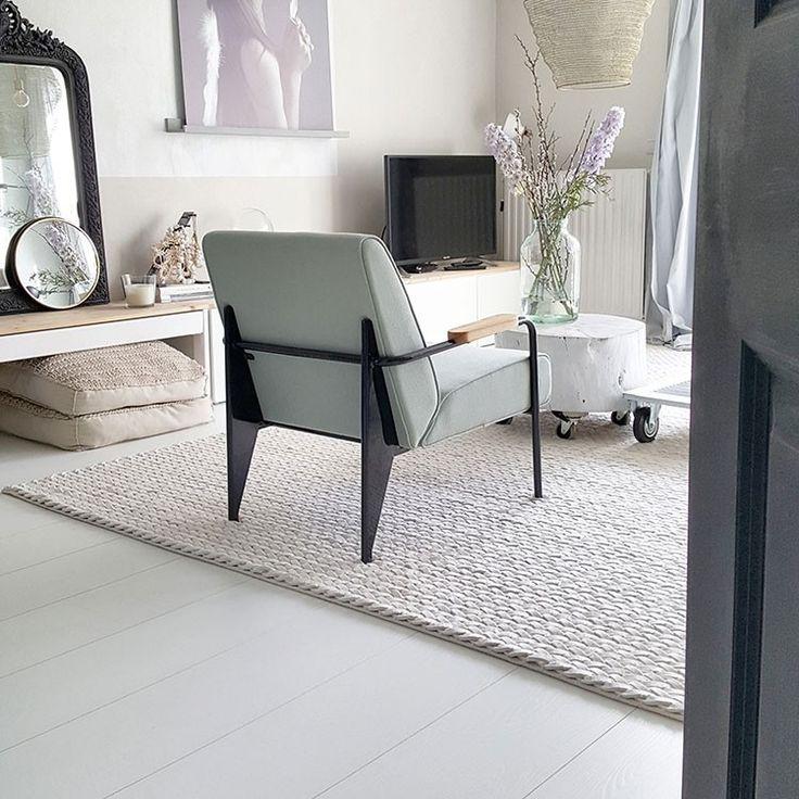 Woonkamer | Laminaat | Royaal eiken wit gelakt | Collectie Sympathiek | Douwes Dekker vloeren | styling House-Proud