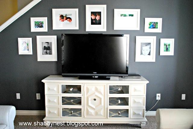 Wall Decor Around A Tv : Decorating around a flat screen tv wall decor