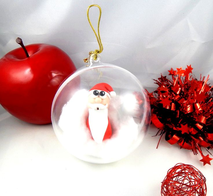 Boule de no l transparente en plastique suspendre dans le sapin p re no l rigolo pos dans un - Boule plastique transparente ...
