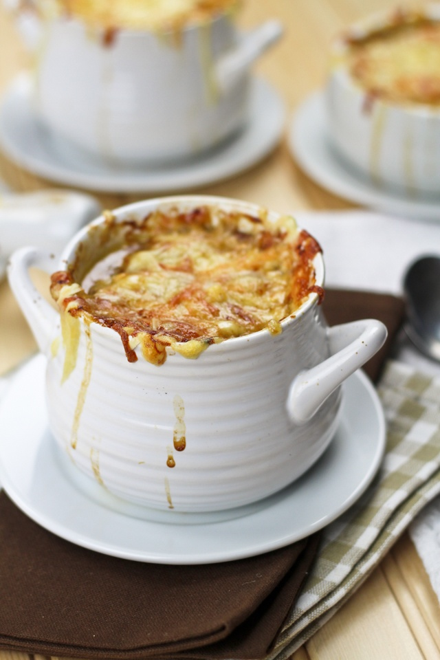 Soul Warming French Onion Soup. Mine with veg stock and wine even ...