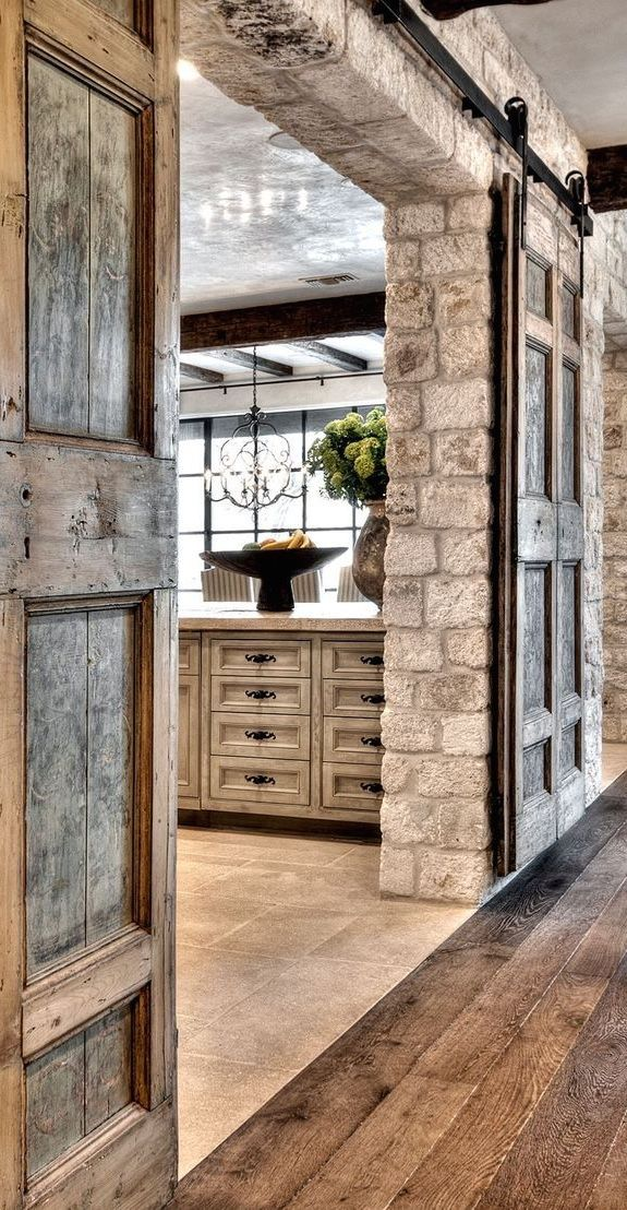 These barn doors are so beautiful!