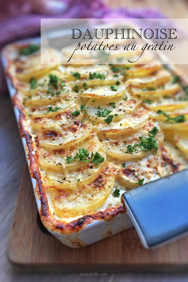 Creamy dauphinoise potatoes: a French scalloped potato bake with garlic and cream!
