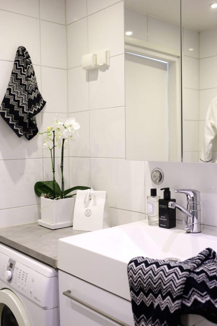 Homevialaura | modern bathroom | home spa | Ikea Godmorgon | Missoni Home Washing machine in the bathroom