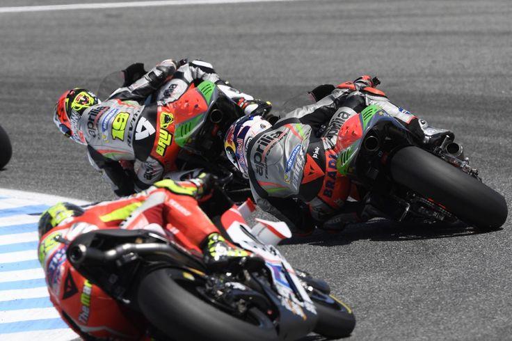 MOTOGP 2016 - #SpanishGP #aprilia #bearacer #motoGP #motoGP2016 #ApriliaMotoGP #race #bike #apriliaracing #sport