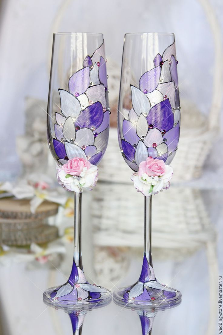 Wedding glasses, champagne flutes, LACE wedding bride and groom glasse - wedding