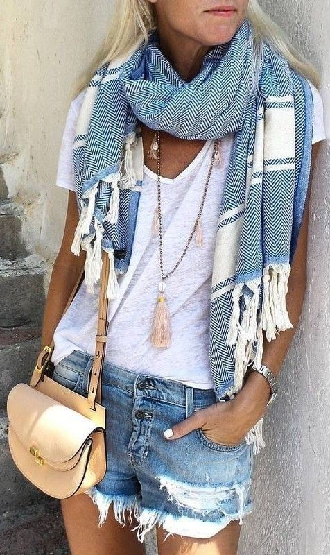 Scarf + denim shorts + white top. Cas Summer get up