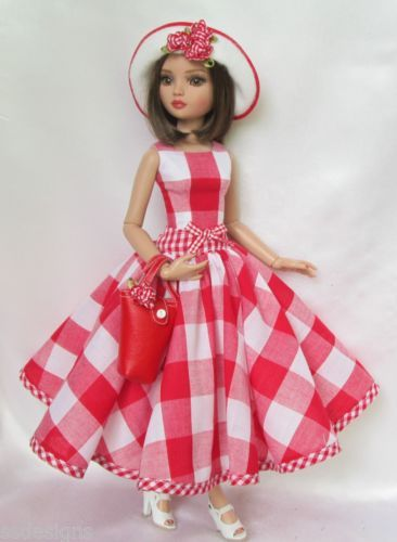 ELLOWYNE'S GRACIOUS IN GINGHAM OUTFIT, by ssdesigns via eBay, SOLD 6/6/15 BIN $53.99