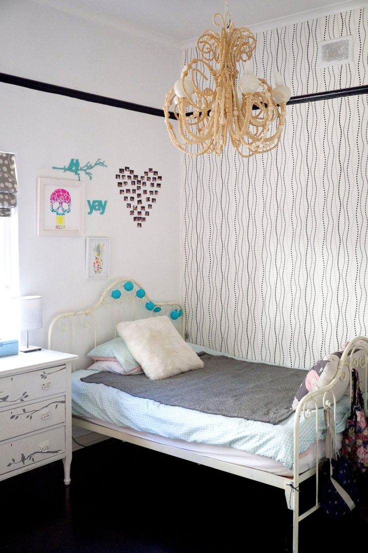 8 best before and after pix york wallcoverings images on for Apartment therapy bedroom ideas
