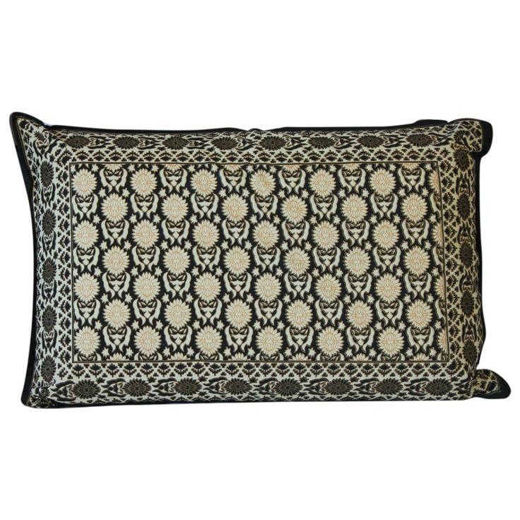 Black circles Cotton Standard pillow sham