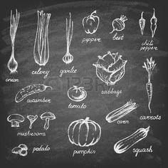 tableau à craie: Collection de légumes dessinés à la main sur le tableau noir.