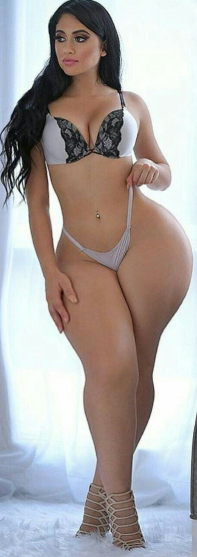 Want eat chubby latina brunet porn and