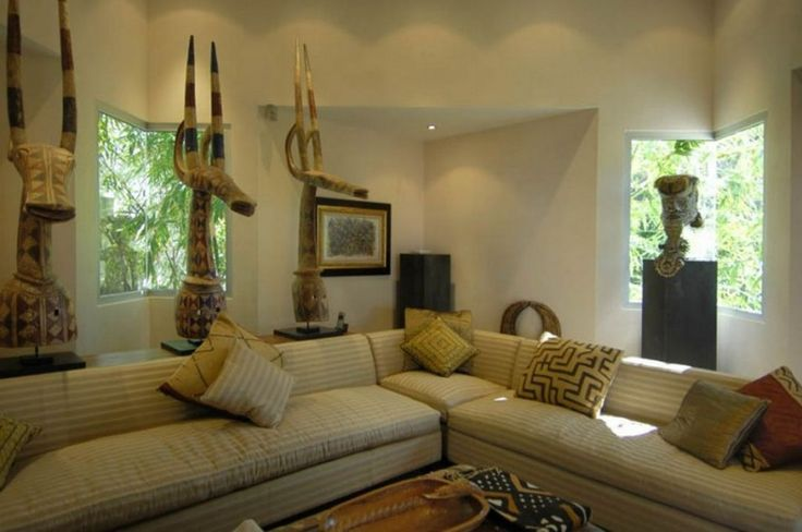 Decoration: Awesome Le Reve St Martin Beach House Family Room Featuring Cream Fabric Sectional Sofa With Ethnic Cushion Covers Also Decoraive Statues: Cozy Beach House For Vacation Places Idea