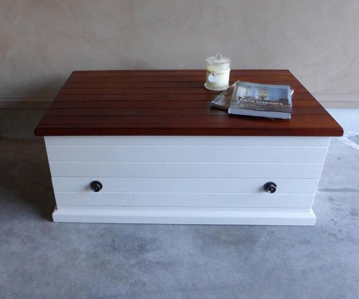 French Country Hamptons Style Coffee Table Trunk Storage Box with Drawer