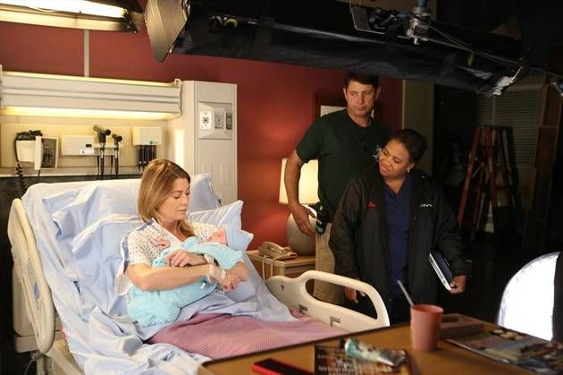"""Chandra Wilson Directs Ellen Pompeo for Grey's Anatomy Season 10, Episode 2: """"I Want You With Me"""""""
