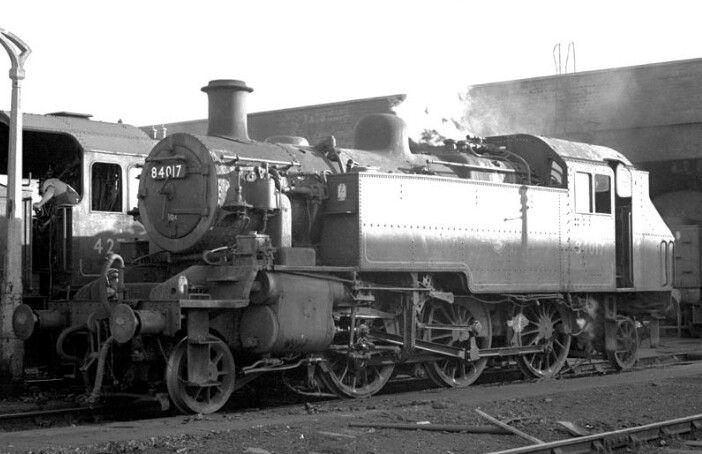 BR standard  class 2  2-6-2T