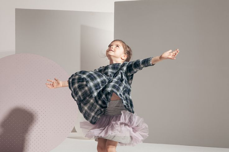 kidsonthemoon-tutu skirt in frozen pink