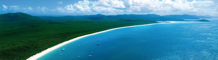 Whitehaven and Daydream Whitsundays Cruise