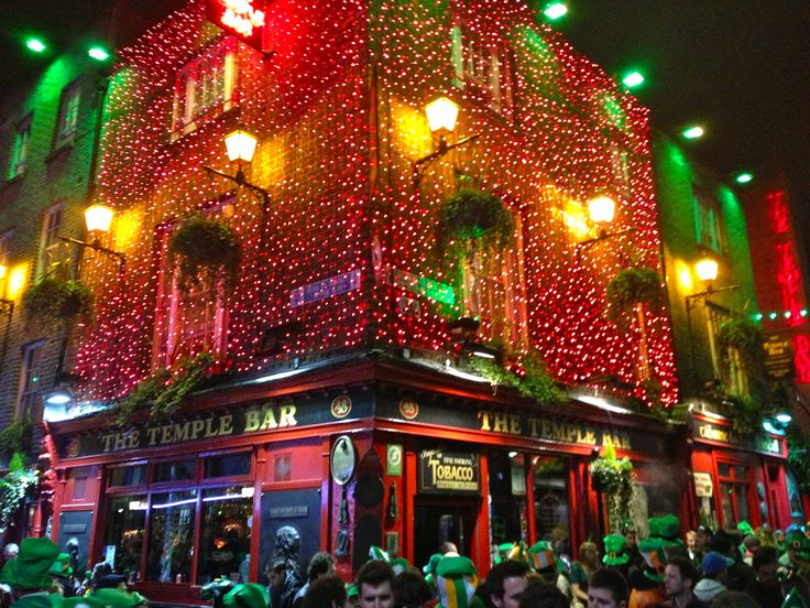 ireland NIGHTLIFE | Temple Bar is one of the main attractions of Dublin's nightlife ...