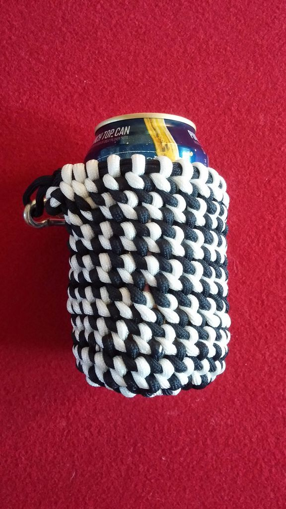 Multi color paracord can koozie pictures of pictures for Paracord koozie how to make