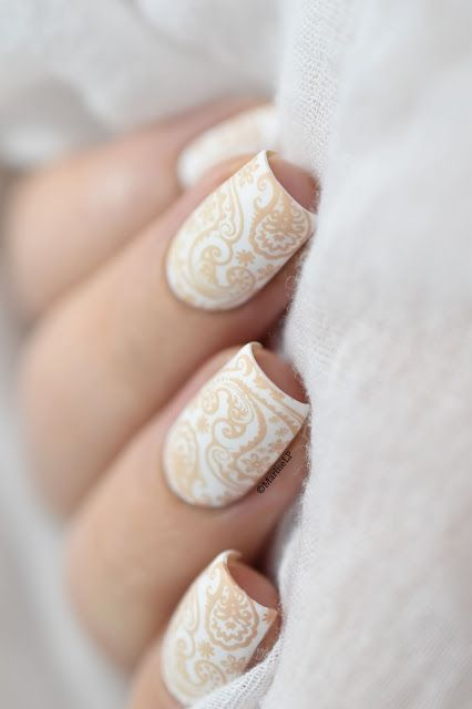 Marine Loves Polish: Nude Paisley - MoYou Café au lait - Flower Power 15 - wedding nails