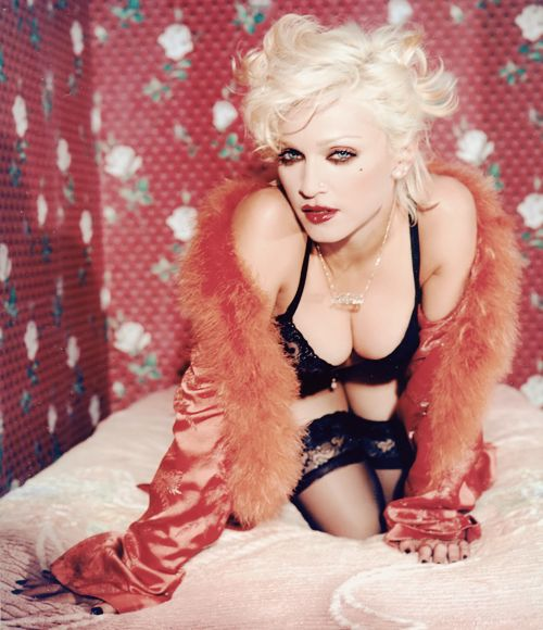 Coked out whore look. love it!  Madonna