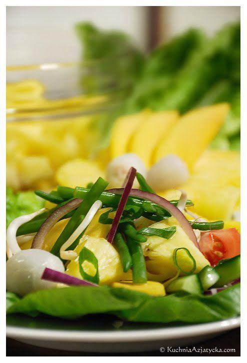 Smak Azji pod kołem podbiegunowym: Tajska sałatka owocowo - warzywna