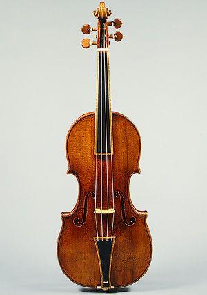 Antonio Stradivari: Violin (55.86a-c) | Heilbrunn Timeline of Art History | The Metropolitan Museum of Art
