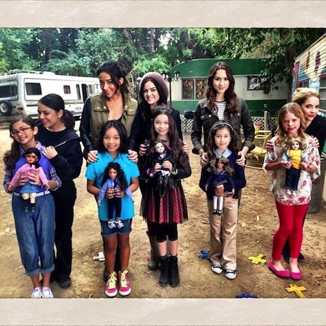 The Liars and their mini me's. Too cute. ---AshleyBenson.net | Behind the Scenes - Pretty Little Liars Season 4