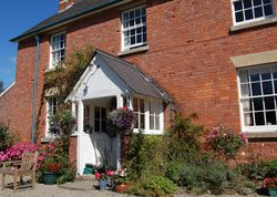 The Farm | United kingdom Powys Wales. Welcome to Shropshire, green hills and sheep. Your keen-gardener hosts give you a delicious breakfast and a lovely warm welcome