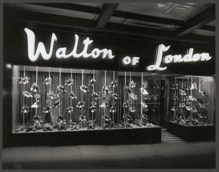 Walton of London footwear, 82 Swanston Street, Melbourne 1960