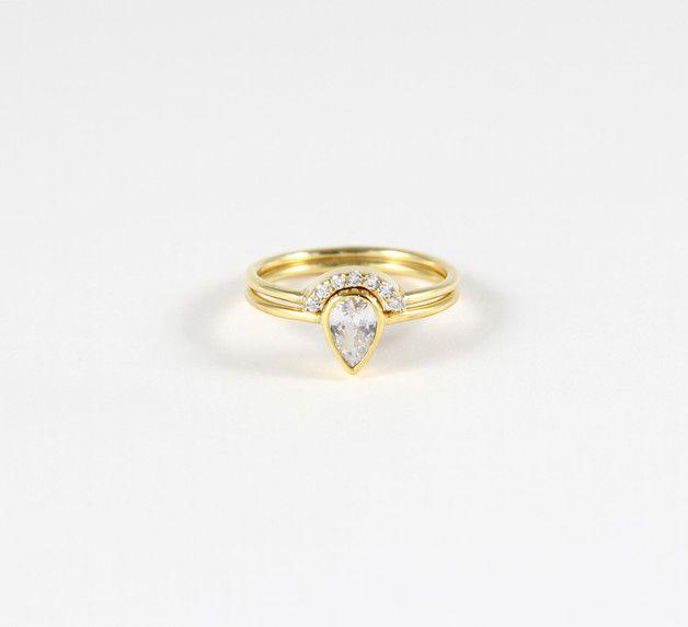 Braut Hochzeit Set! Birne Verlobungsring und einem Pave gekrümmten Ring. Verlobungsring -Set, ist es ein minimalistisches und elegantes Set als Geschenk für Hochzeit, Verlobung und...