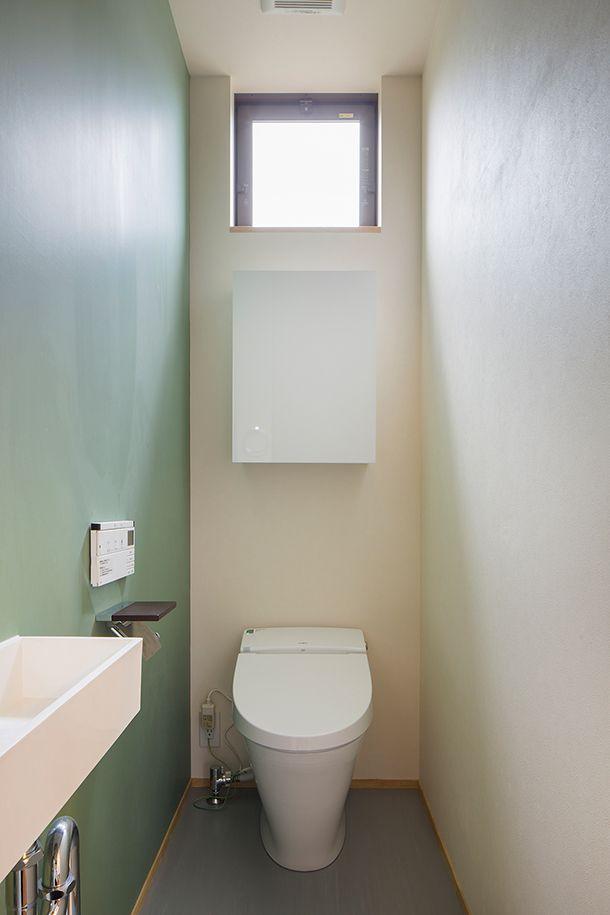白色と黒色と木の外観の家・間取り(愛知県小牧市)   注文住宅なら建築設計事務所 フリーダムアーキテクツデザイン